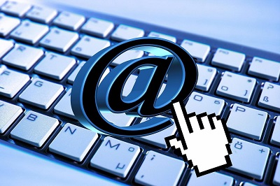 what is email forwarding